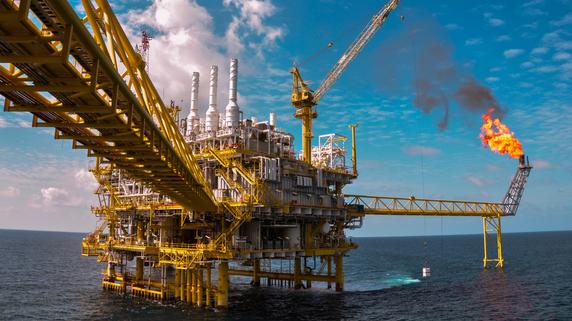 世界的な「原油安」に揺れるスリランカの石油開発
