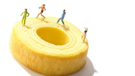 会社は身内に継がせたい…「親族内承継」3つの方法