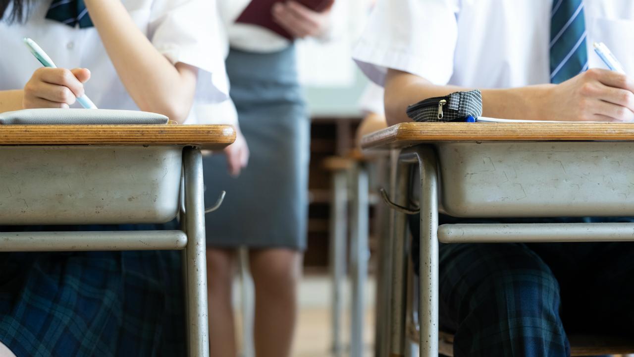 英語教員・真穂、2020年に向けた英語教育の変革内容に凹む