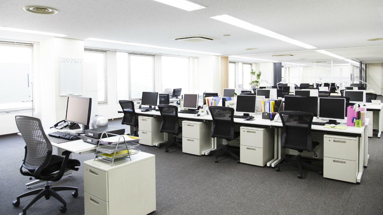 「休み方改革」職場一斉 日本らしい解決法ですが・・・