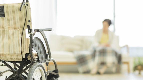 要介護の妻のため…夫が払った「老人ホーム入居金」に税務調査