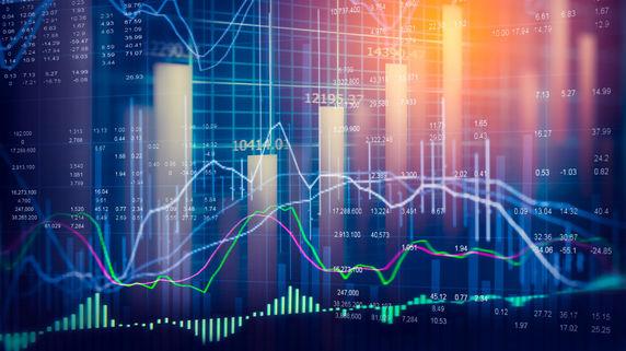 4-6月期GDPは6.7%、景気は緩やかな減速へ