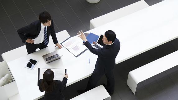 後継者の他社修行――事業承継にもたらす効果とは?