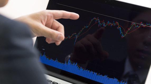想定以上の株価下落にも対応できる「3回買い」とは?