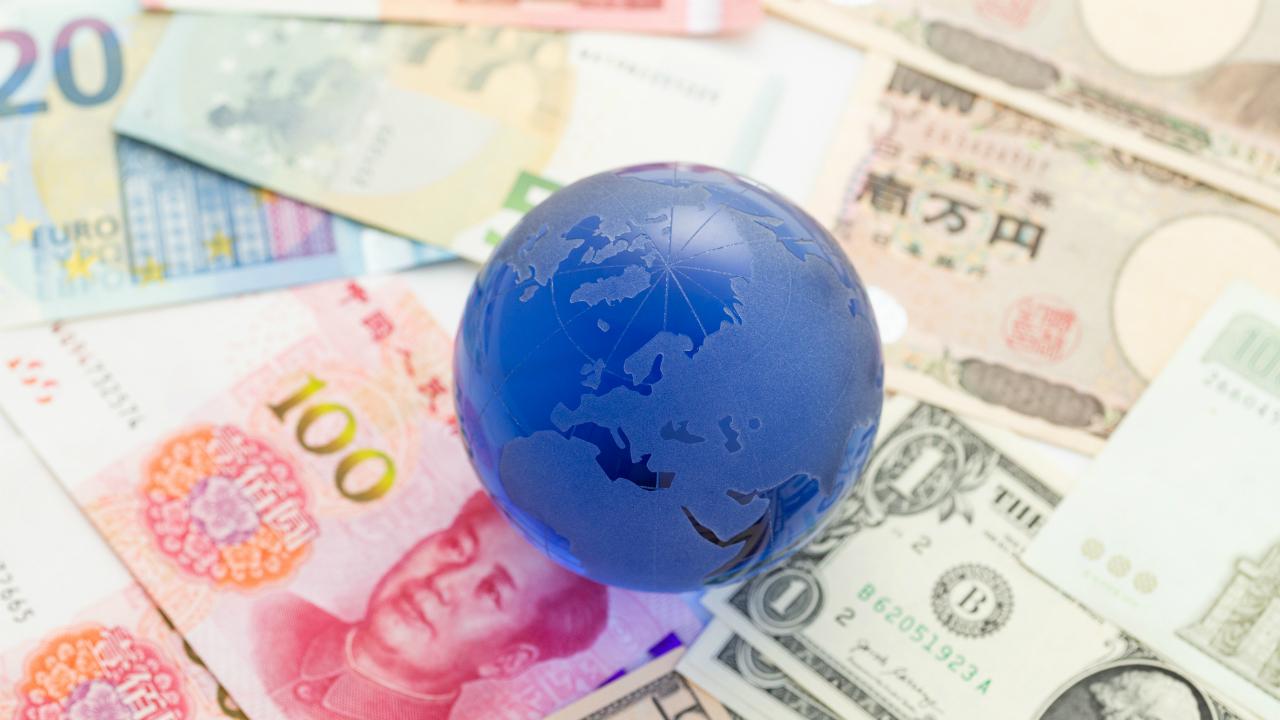 中国10月の製造業PMI指数は減速、米中貿易戦争も向かい風に