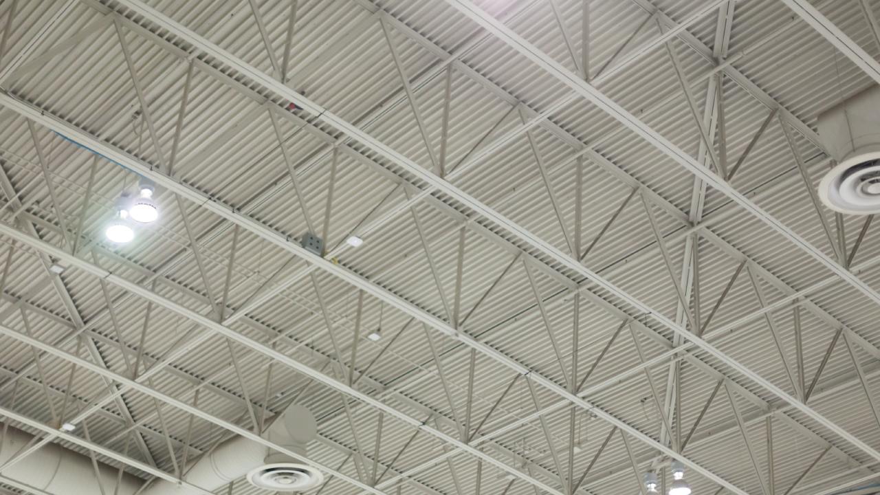 「天井の高い」工場・倉庫が投資対象として優れている理由