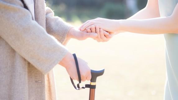 孤独死、高コスト…高齢者向け賃貸経営の懸念は払拭できるか?