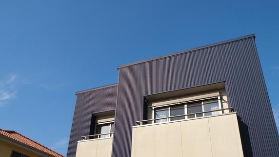 賃貸物件の外壁に「ガルバリウム鋼板」が適している理由