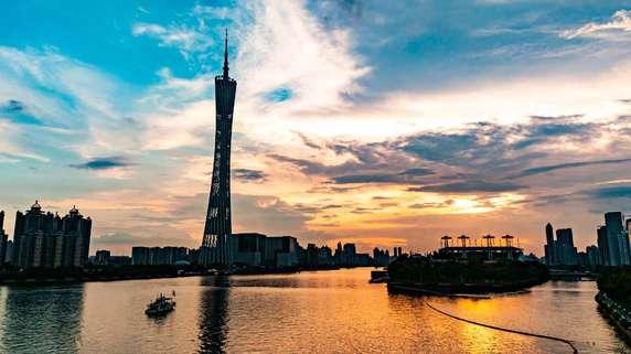 中国「第14次5ヵ年規画」の全体的観点と「2035年長期目標」