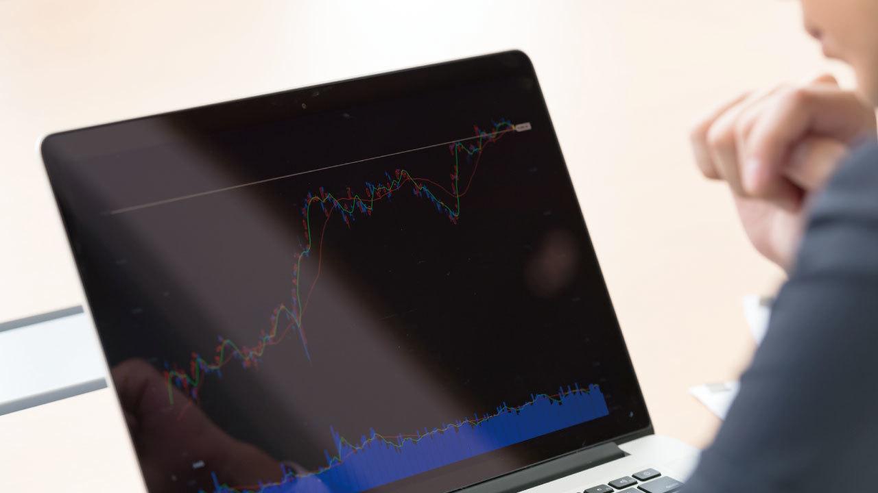 なぜサラリーマンは株やFXで年収を増やすことが難しいのか?