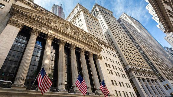 年の瀬に大荒れの株式市場 しかし米国経済が底堅いのも確か