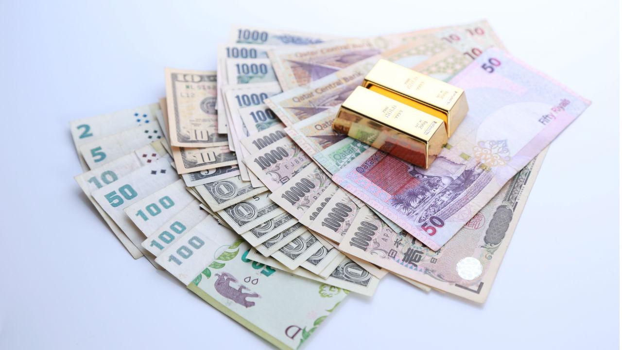 経済力を持つ国々が「法定通貨」を利用するという不思議