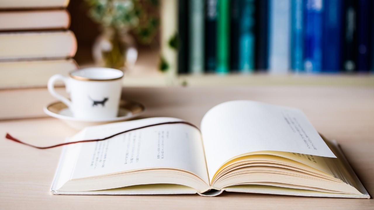 金融危機、リーマンショック…人生の危機で必死に読んだ本3冊