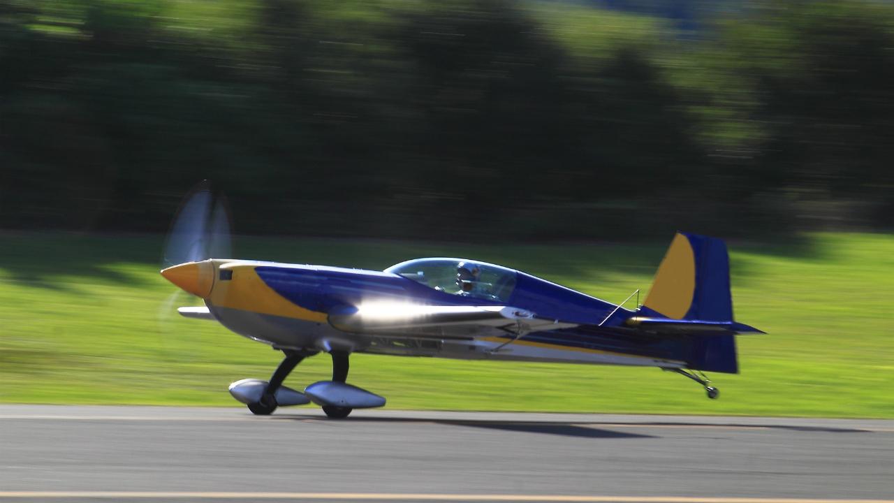 新品の小型航空機を自己所有した場合の財務メリットとは?