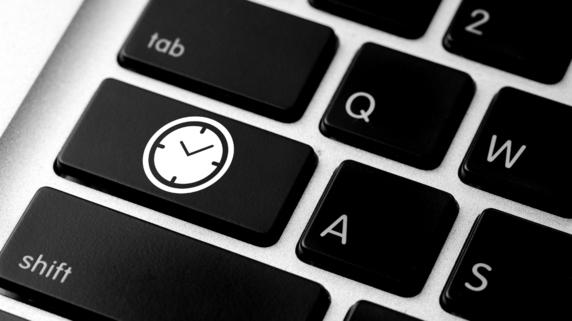残業時間 公表義務付け 就業時間管理システム関連銘柄に注目