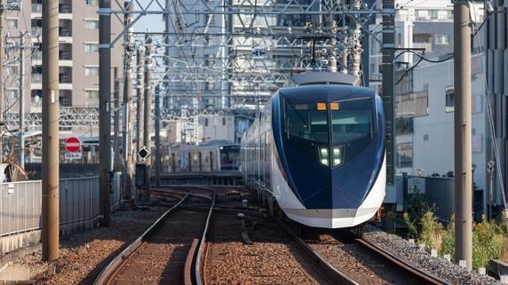 下町走る「京成本線」人口減予想で投資は躊躇してしまうが…