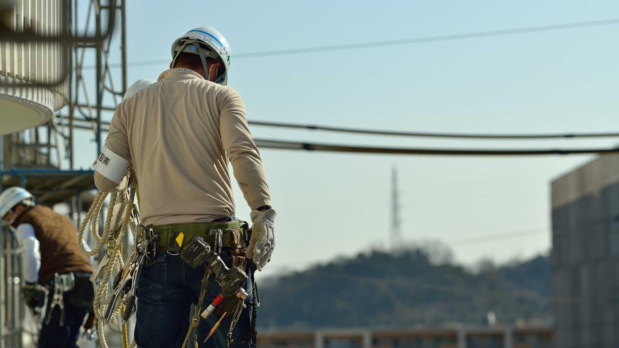 過労死が出るほど激務…日本の「工事現場監督」の凄まじい実態