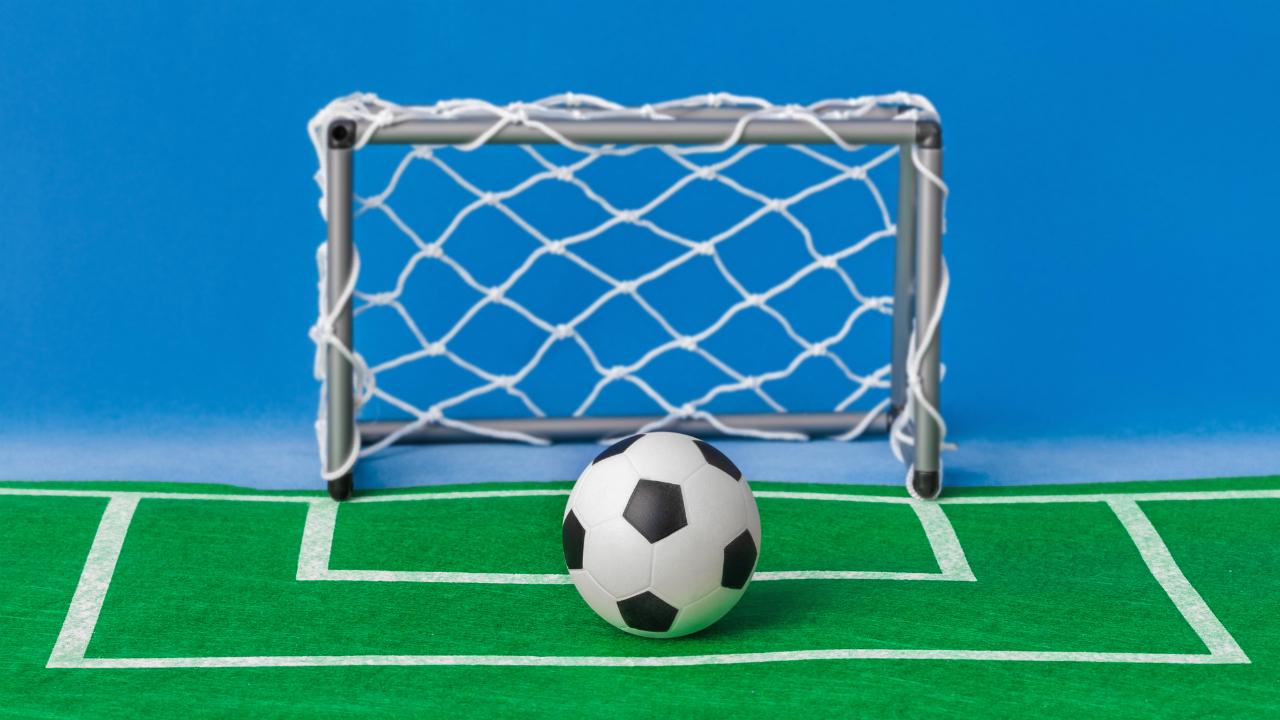 サッカー脳で考えるビジネス戦略「とにかく先制点を狙え!」