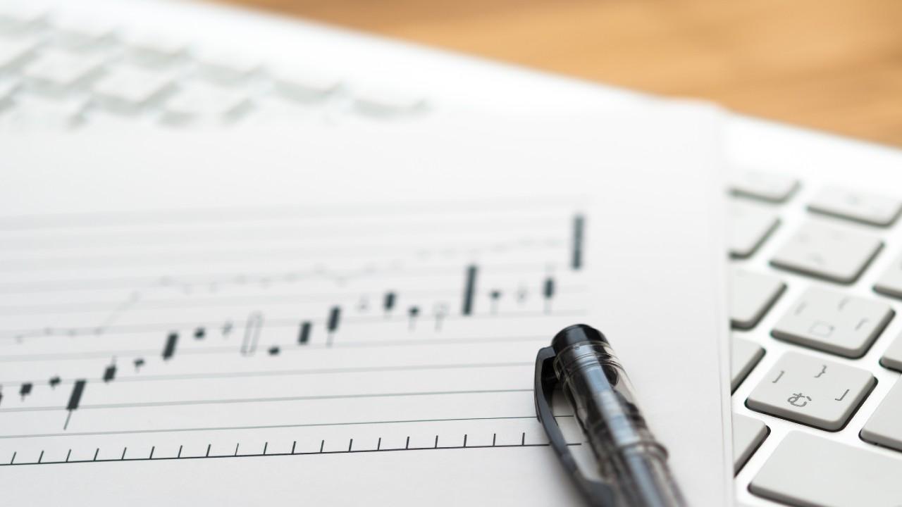 株価はまだ上がる?撤退すべき?「高値圏」で逃げる判断材料
