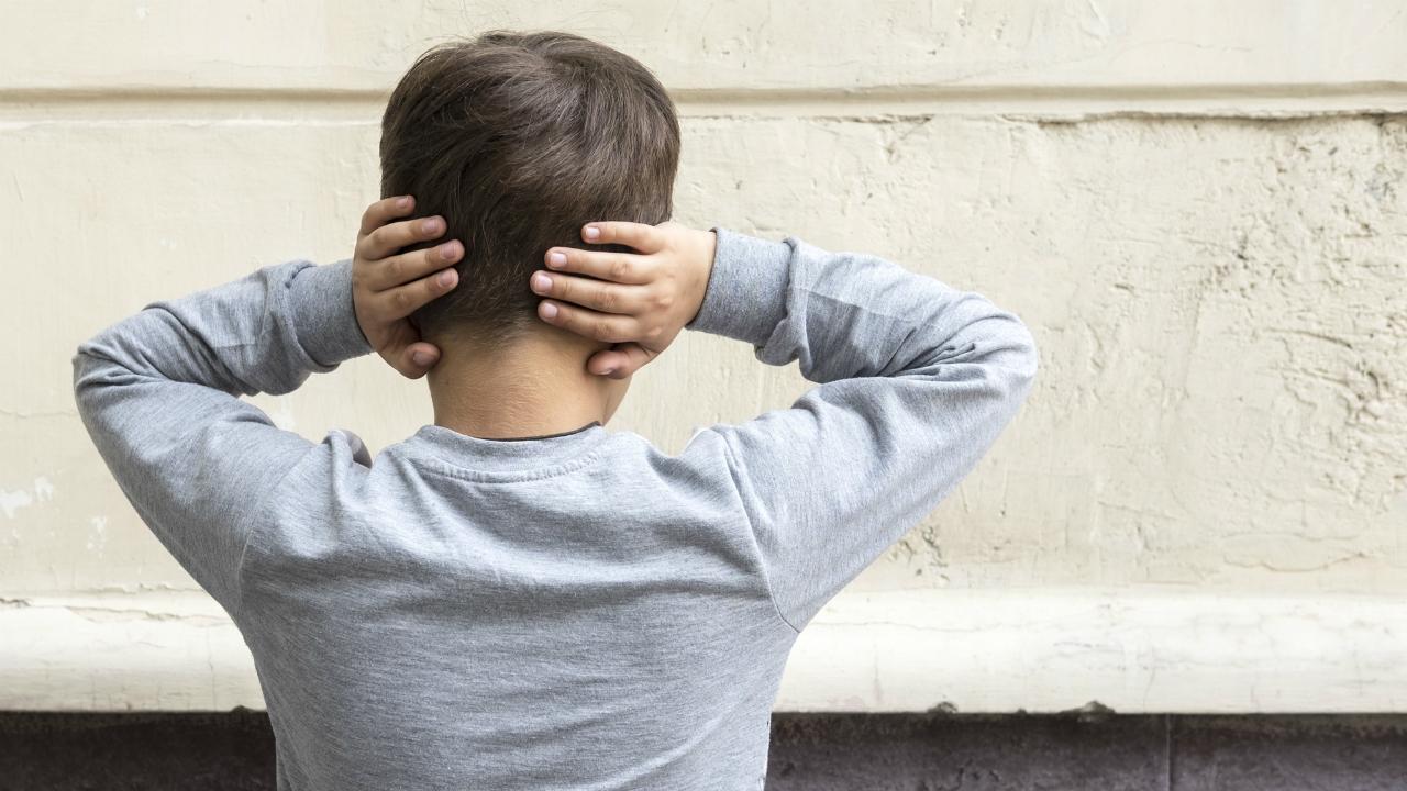 「言葉の暴力」は身体的暴力よりも「子どもの脳にダメージ大」