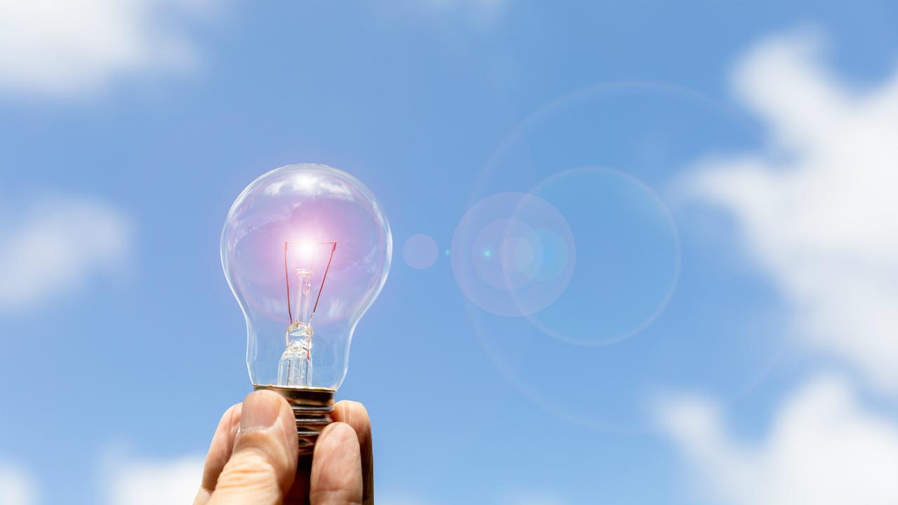 2050年に待ち受ける電力会社の減退…キーワードは「自由化」