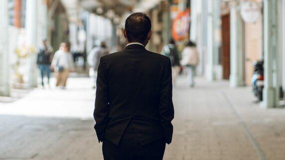 怒りと絶望「赤字は毎月5万円」日本のサラリーマンのどん底