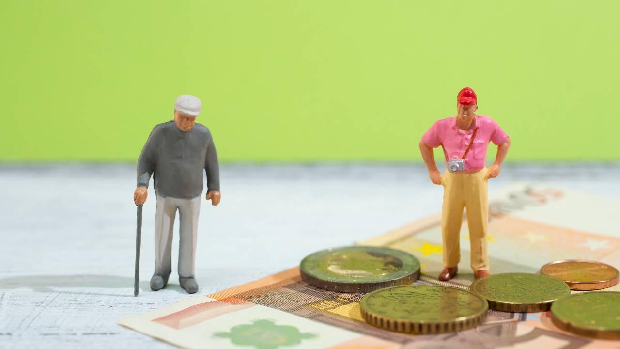 平均収入25万円も「お金が足りない…」日本の高齢者の懐事情