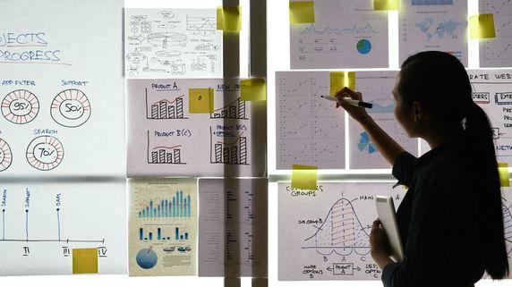 創業融資の審査を通すために活用したい「専門家のサポート」