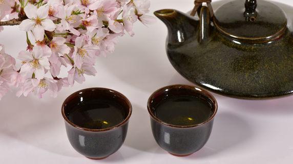 緑茶・日本酒で即時撤廃 関連銘柄に注目!?