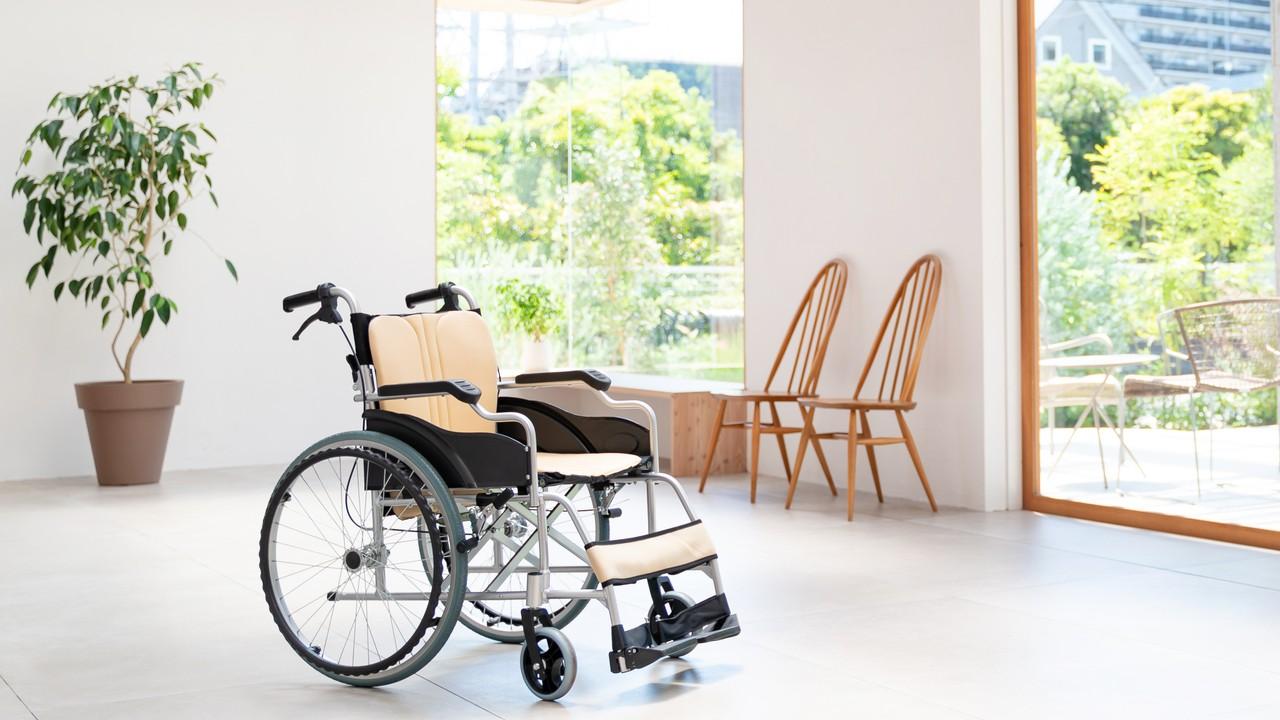 「人手不足」の介護業界…「質の高いスタッフ」が多い施設を見つける方法