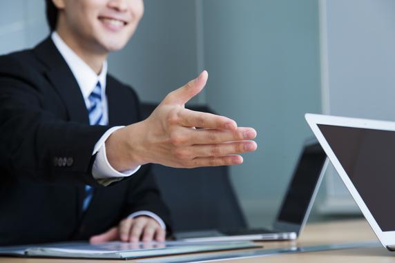 営業マンのセールス手法が読み取れる!? 保険業界の専門用語