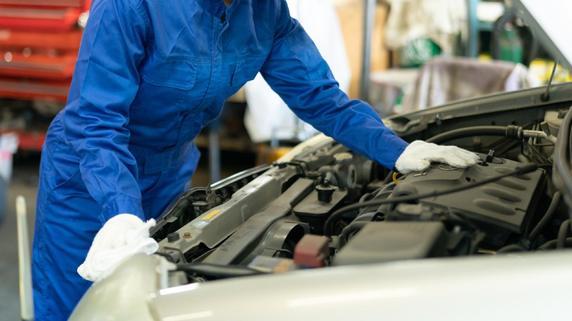 トヨタ、日本初エンジン専門工場「私たちは壊れる前に直す」