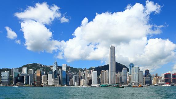 日本から最も近いオフショア「香港」