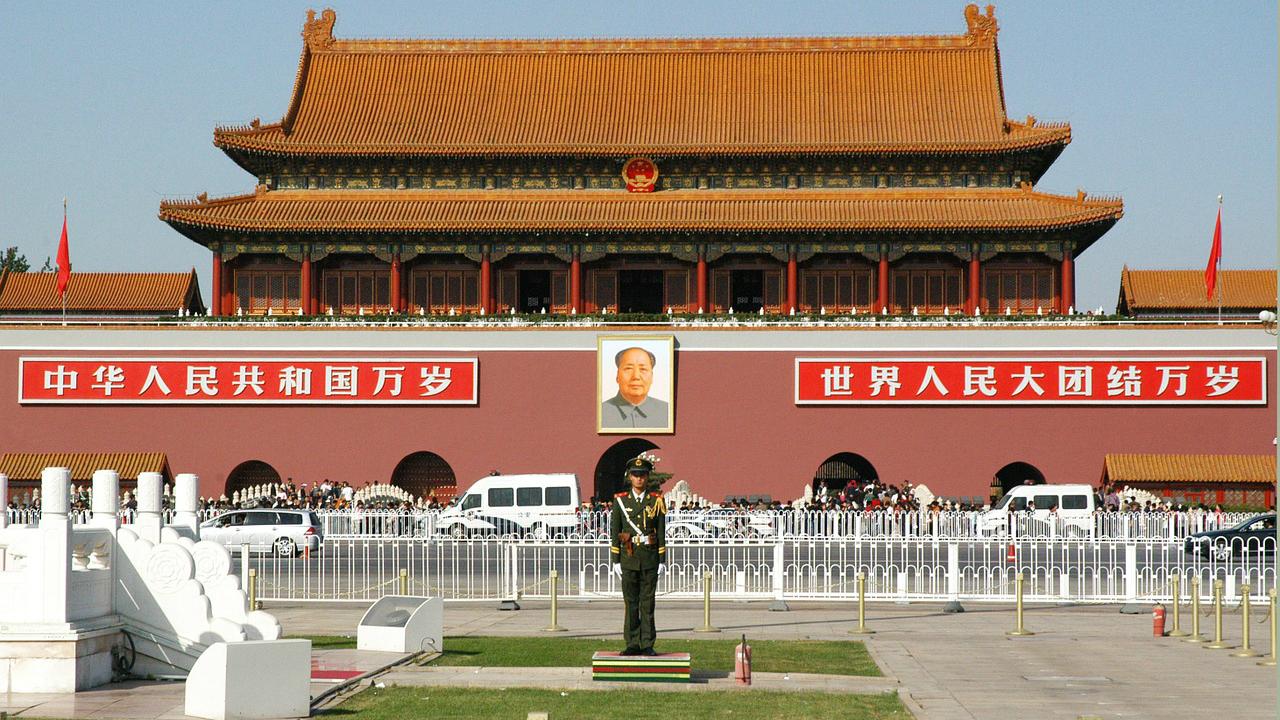 回廊外交で内外の政治課題への対処を試みる中国