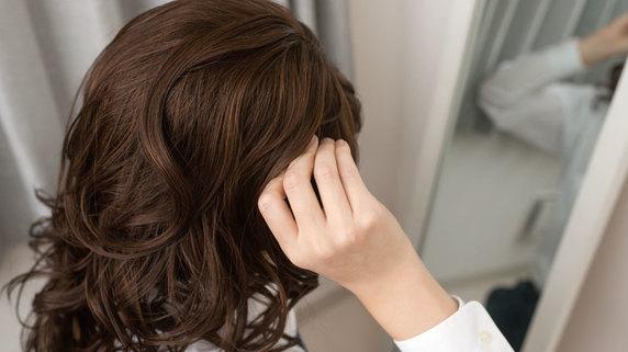 カツラ、ウィッグ等の使用が「薄毛」を加速させる理由