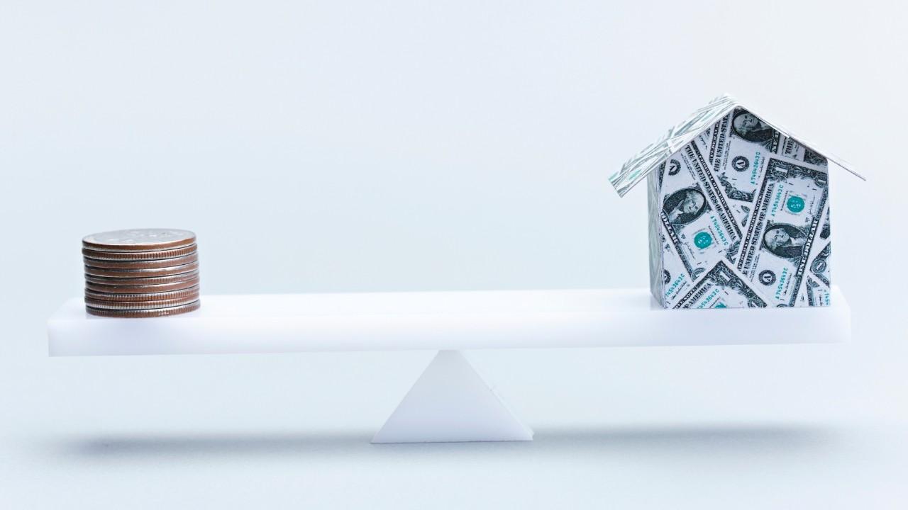 アメリカ不動産投資は「節税保険」の代替手段となり得るか?