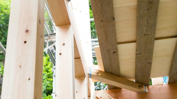 建物「全体」の耐震性を強化する耐震補強工事