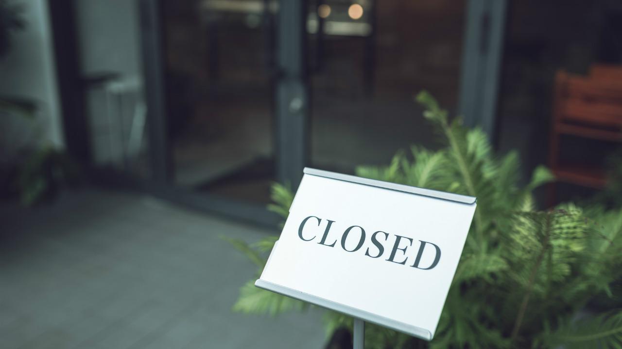 人件費上昇、消費増税に新型コロナ…飲食店の倒産が過去最多に