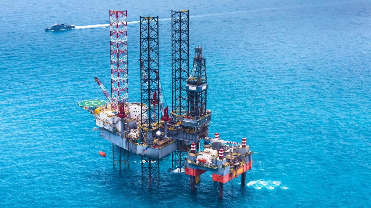 政府の積極的な関与に活路を見出すスリランカの石油開発