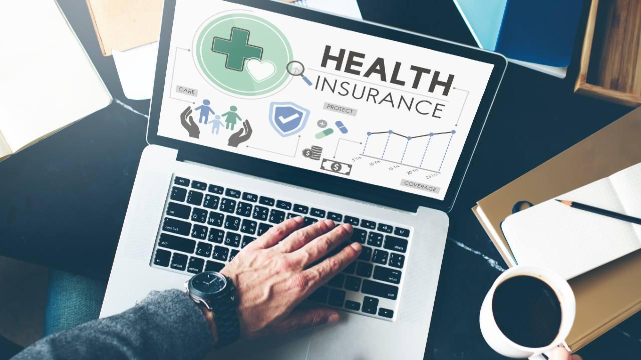 定年退職後の「健康保険証」どう選択するのが一番トクなのか?