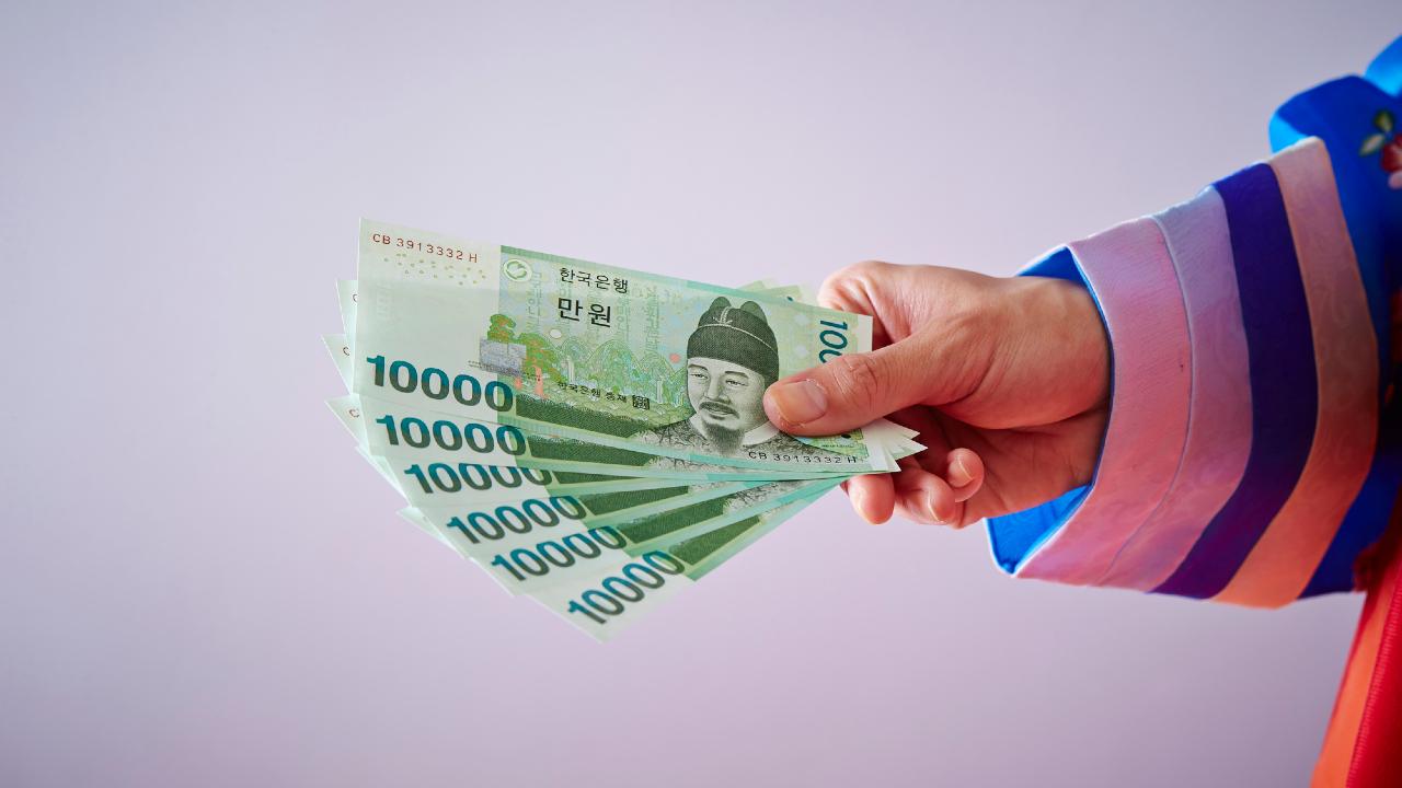 韓国中銀の経済成長率見通し引き下げと対応策