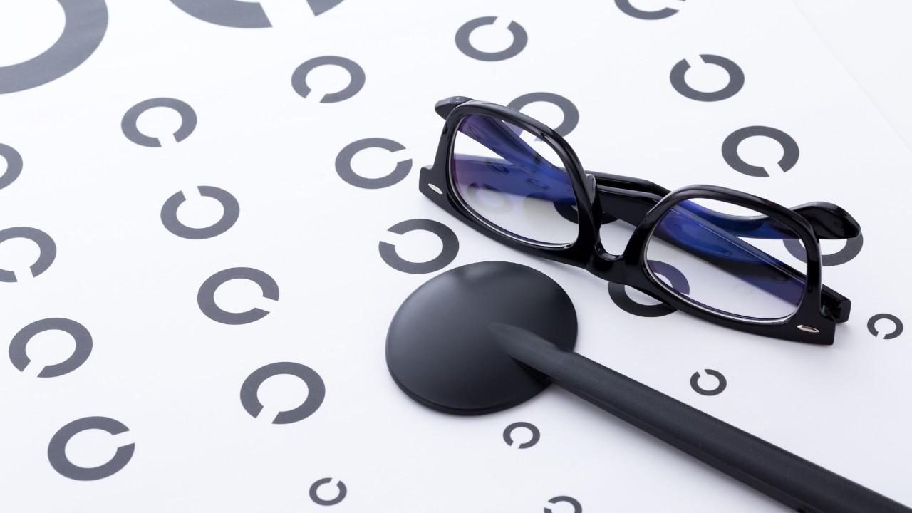 メガネの度がすぐ合わなくなる…「核白内障」を知らせるサイン