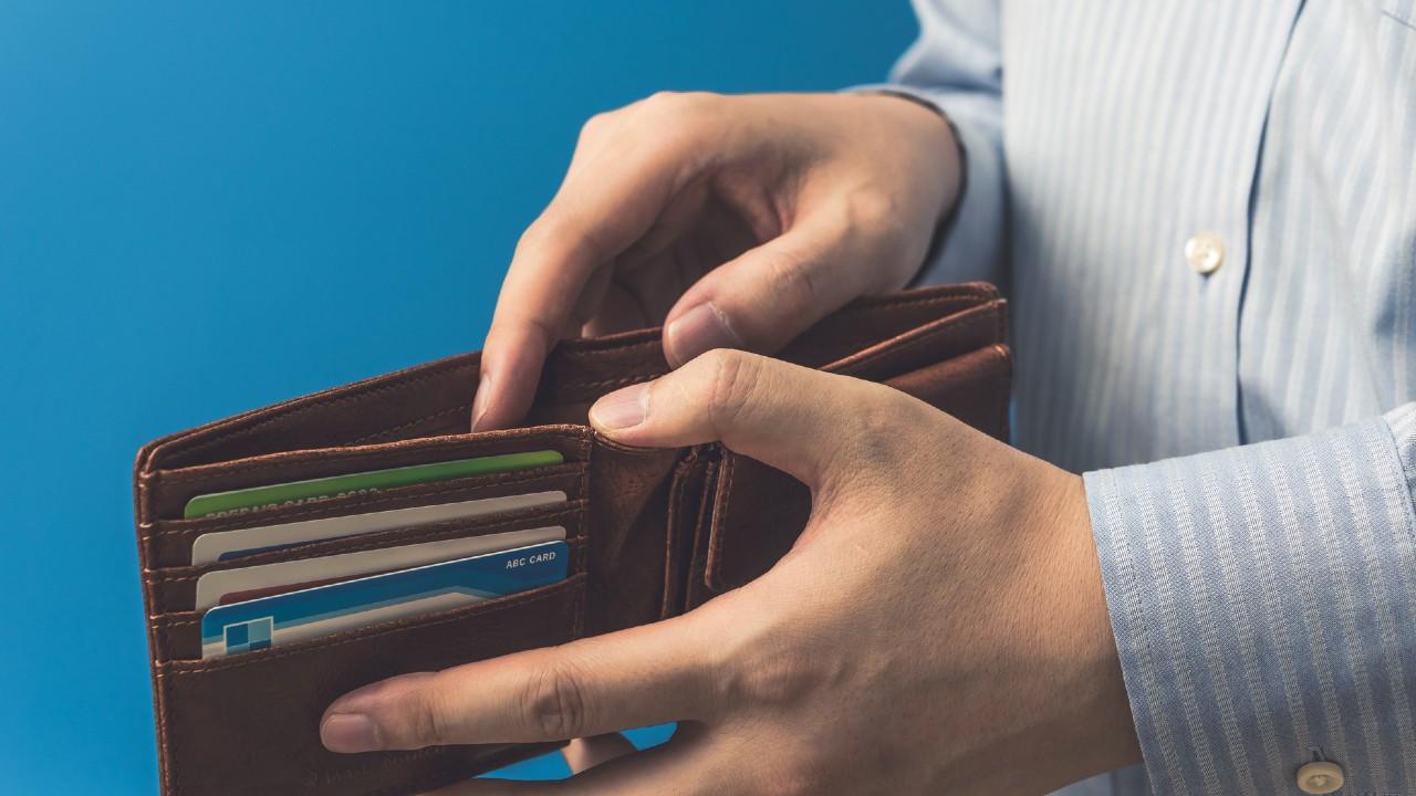 夫婦で年金「月20万円」…妻亡き後の「年金半額」に夫の危機