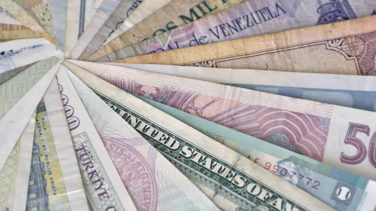 新興国金融政策、緩和姿勢を維持しつつも当面据え置き優勢か