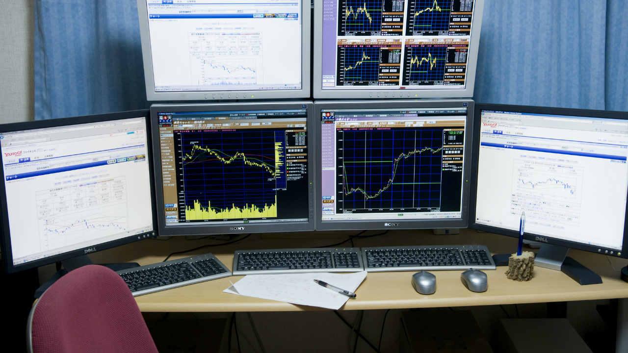 マザーズ指数が6日続伸~主力株低調・新興市場活況は続くのか