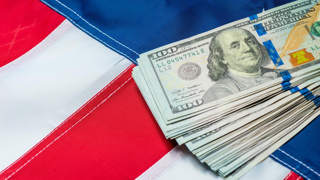 米短期金融市場、月半ばに異例の金利急上昇が起きた理由