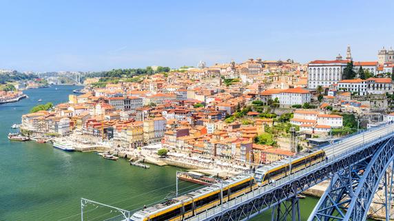 永住権取得が可能なポルトガルの「黄金ビザ」プログラム