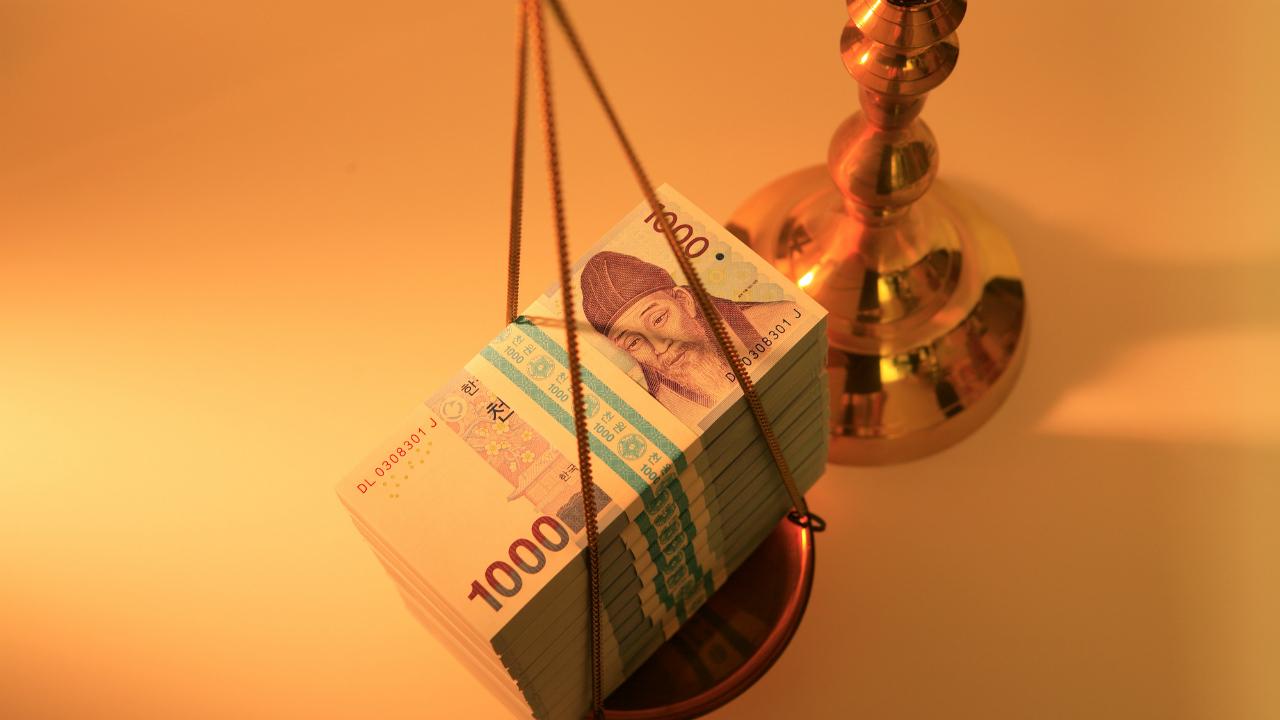 韓国中銀、インフレ率見通し引き下げの対処方法