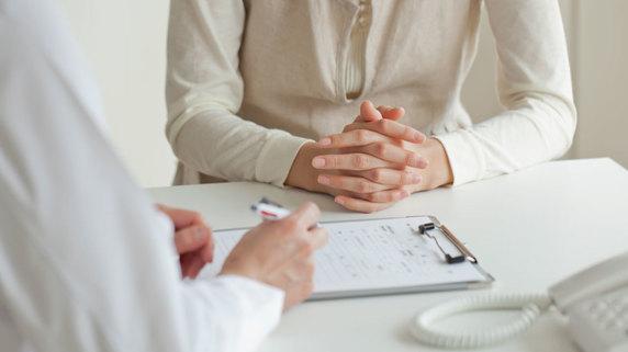 女性の薄毛治療は「専門的な医療機関」に任せるべき理由