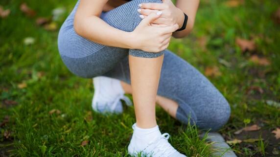 ひざ再生医療の治療実態は?グラフで見る患者傾向や効果